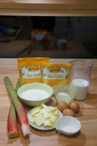 Zutaten zuckerfreier Rhabarberkuchen hausgemacht