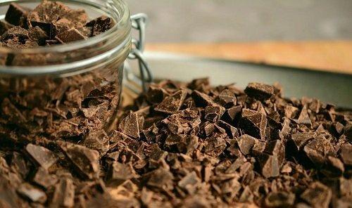 Vegane Schokolade ohne Industriezucker